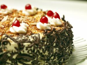cake-with-cherries-FI SC